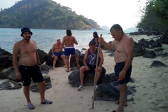 fishing-snorkeling-koh-chang-klong-son-bbq-beach-3