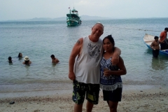 fishing-snorkeling-koh-chang-klong-son-party-on-the-beach-12