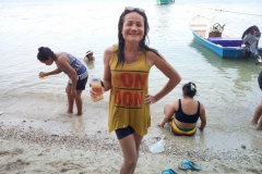 fishing-snorkeling-koh-chang-klong-son-party-on-the-beach-16
