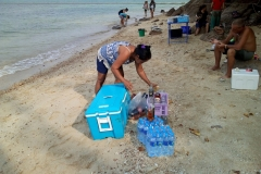 fishing-snorkeling-koh-chang-klong-son-party-on-the-beach-8
